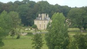 Creuilly, vue des remparts du château (Calvados)